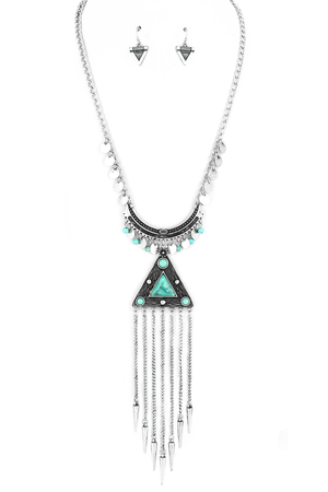 Triangle Spike Fringe Necklace Set