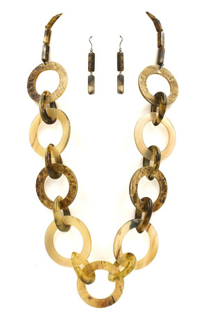 Linked Horn Disc Necklace Set